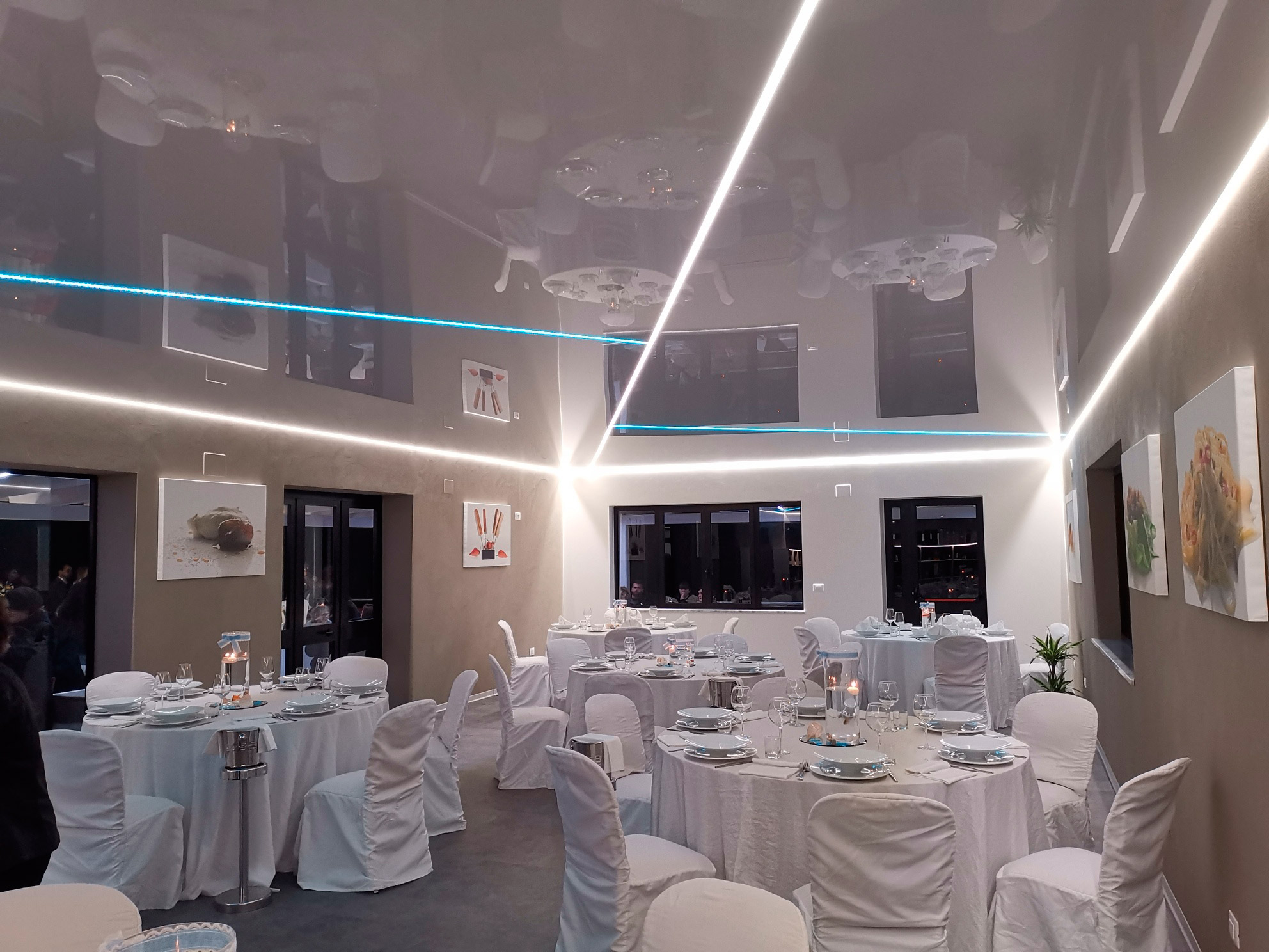 stretch-ceiling-restaurant-italy-image-2